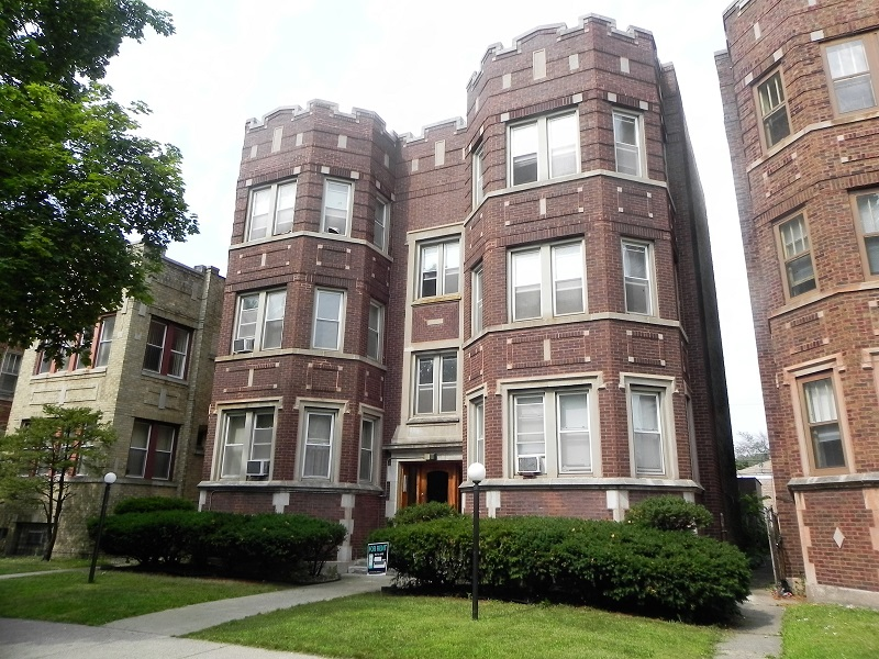 Aia 6 unit building chicago illinois chatham neighborhood for 6 unit apartment building